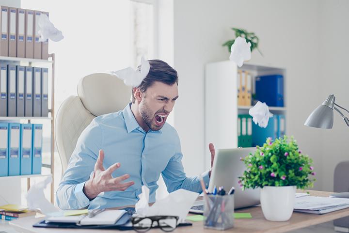 ストレスはうつる!イライラしている人のそばに居続けるのは危険!